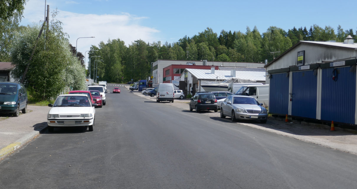 Takkatien teollisuusaluetta Pitäjänmäellä